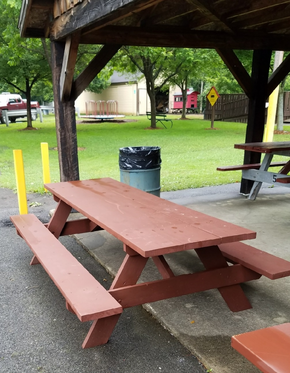 2017 New Picnic Table