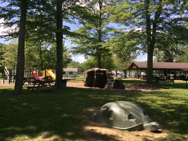 2017 Park Pictures - Park Play Area 2
